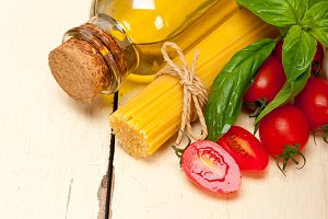 tomato basil spaghetti pasta 014.jpg