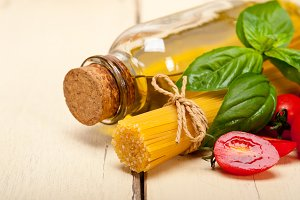 tomato basil spaghetti pasta 025.jpg