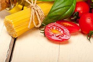 tomato basil spaghetti pasta 028.jpg