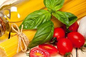 tomato basil spaghetti pasta 029.jpg