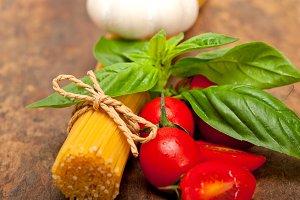 tomato basil spaghetti pasta 032.jpg
