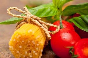 tomato basil spaghetti pasta 034.jpg