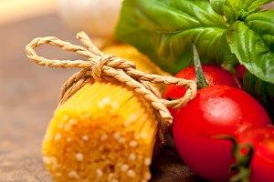 tomato basil spaghetti pasta 036.jpg