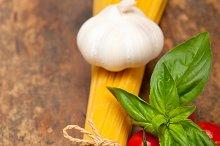 tomato basil spaghetti pasta 038.jpg