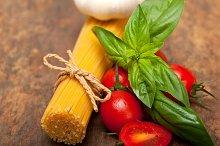 tomato basil spaghetti pasta 039.jpg
