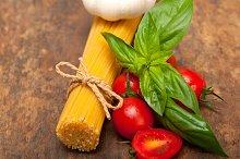 tomato basil spaghetti pasta 040.jpg