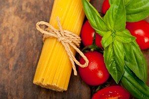 tomato basil spaghetti pasta 044.jpg