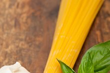 tomato basil spaghetti pasta 046.jpg