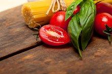 tomato basil spaghetti pasta 050.jpg