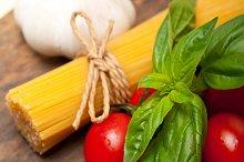 tomato basil spaghetti pasta 052.jpg