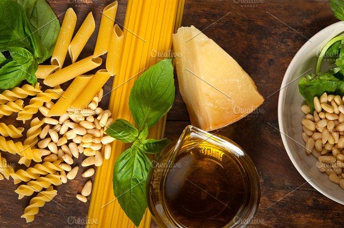 pesto 025.jpg - Food & Drink