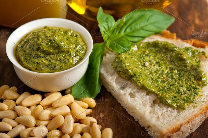 pesto 045.jpg - Food & Drink