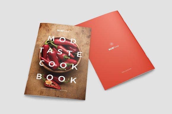 Modern Cookbook InDesign Template ~ Brochure Templates ~ Creative ...