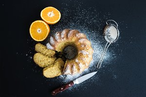 Moist orange bundt yoghurt cake