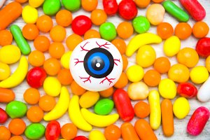 Eye and Halloween candies