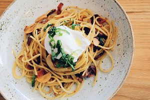 Tasty spaghetti with bacon and egg