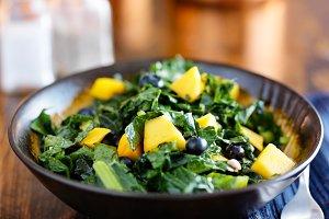 berry mango kale salad