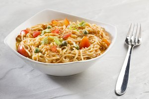 Spicy Noodles with Tomato Chilly