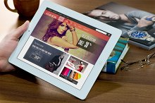 Responsive Magento Fashion Theme by Matt Ritter in Magento