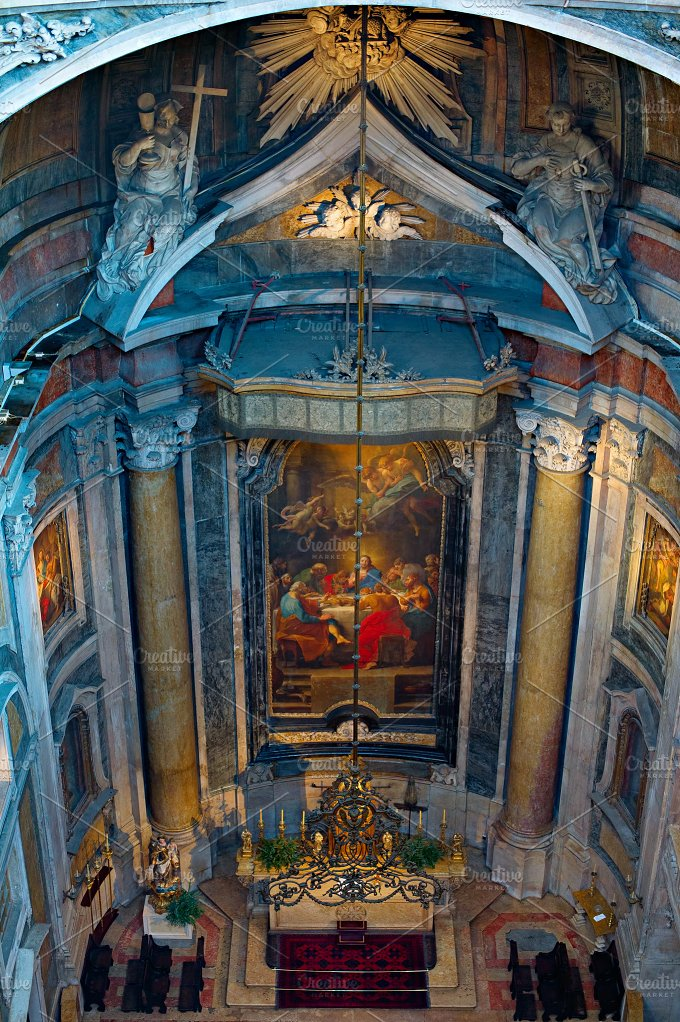 Inside the Basilica. Lisbon,Portugal - Architecture