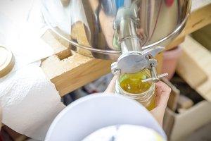honey skidding and bottling