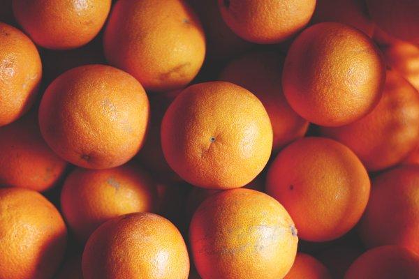 Health Stock Photos: Maria Dattola Photography - Oranges pattern