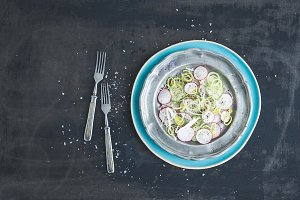 Spring salad with radish & cucumber