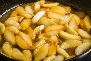 Apple slices in cast iron skillet