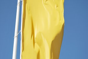 Yellow banner. Cleared flag