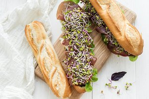 Sandwiches with beef and herbs