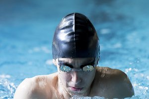 swimmer doing breaststroke exercise