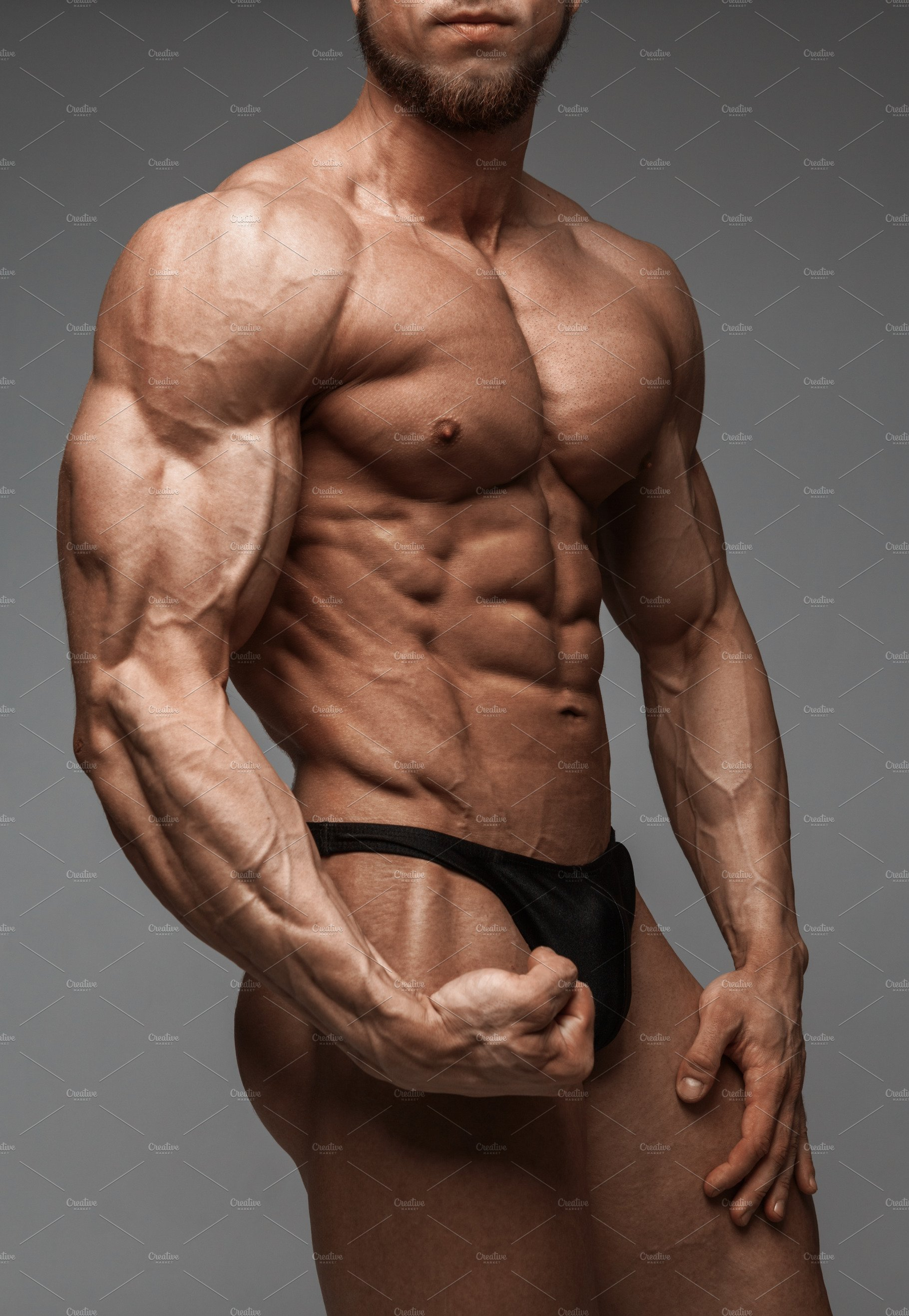 Bodybuilder man with perfect abs | High-Quality Sports