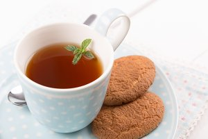 Tea with cookies