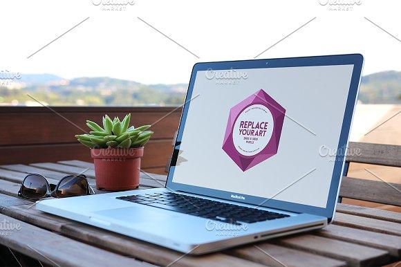 Download Outdoor Office Mockup V.02