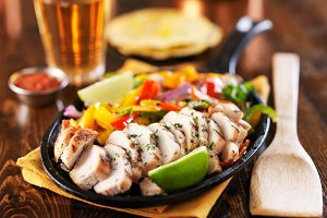 mexican grilled chicken fajitas