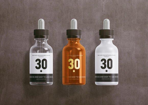 30ml Dropper Bottles Mockup