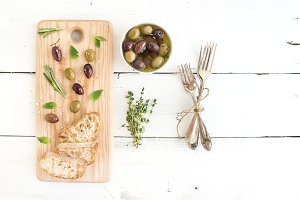 Mediterranean olives with herbs