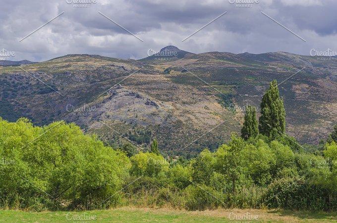 Round rige. Gredos. Avila. Spain - Nature