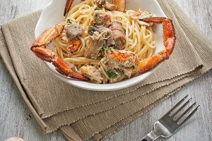 Italian Food - Spaghetti with crab