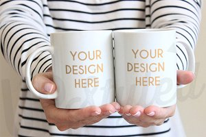 Two White Mugs Mock Up F165