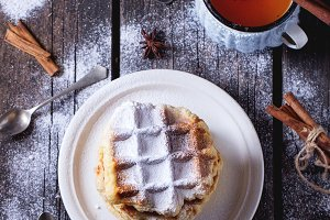 Belgian waffles with tea