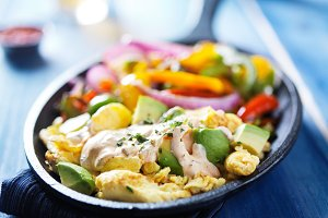 fajita scrambled eggs in skilet