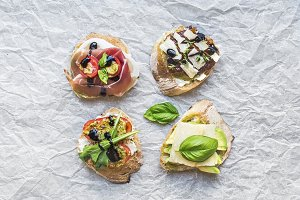 Antipasti bruschetta set
