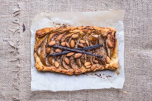 Rustic pear galette with almond