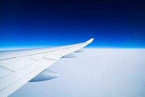 4 High-Res Airplane Photos
