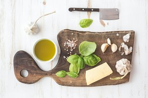 Pesto sauce cooking set