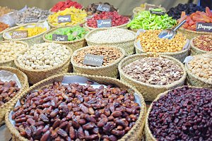 Nuts and dehydrated fruits