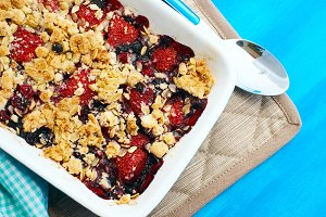 Tasty fruit crumble