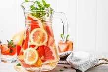 Grapefruit lemonade with lemon by  in Food & Drink