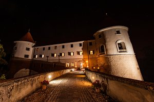 Mokrice castle at night
